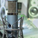 sessanat seslendirme stüdyosu mikrofon